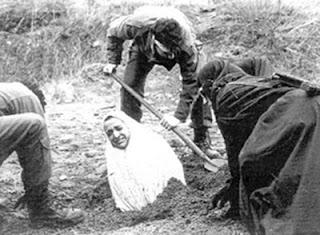 quattordicenne giustiziata tramite lapidazione nel mondo islamico
