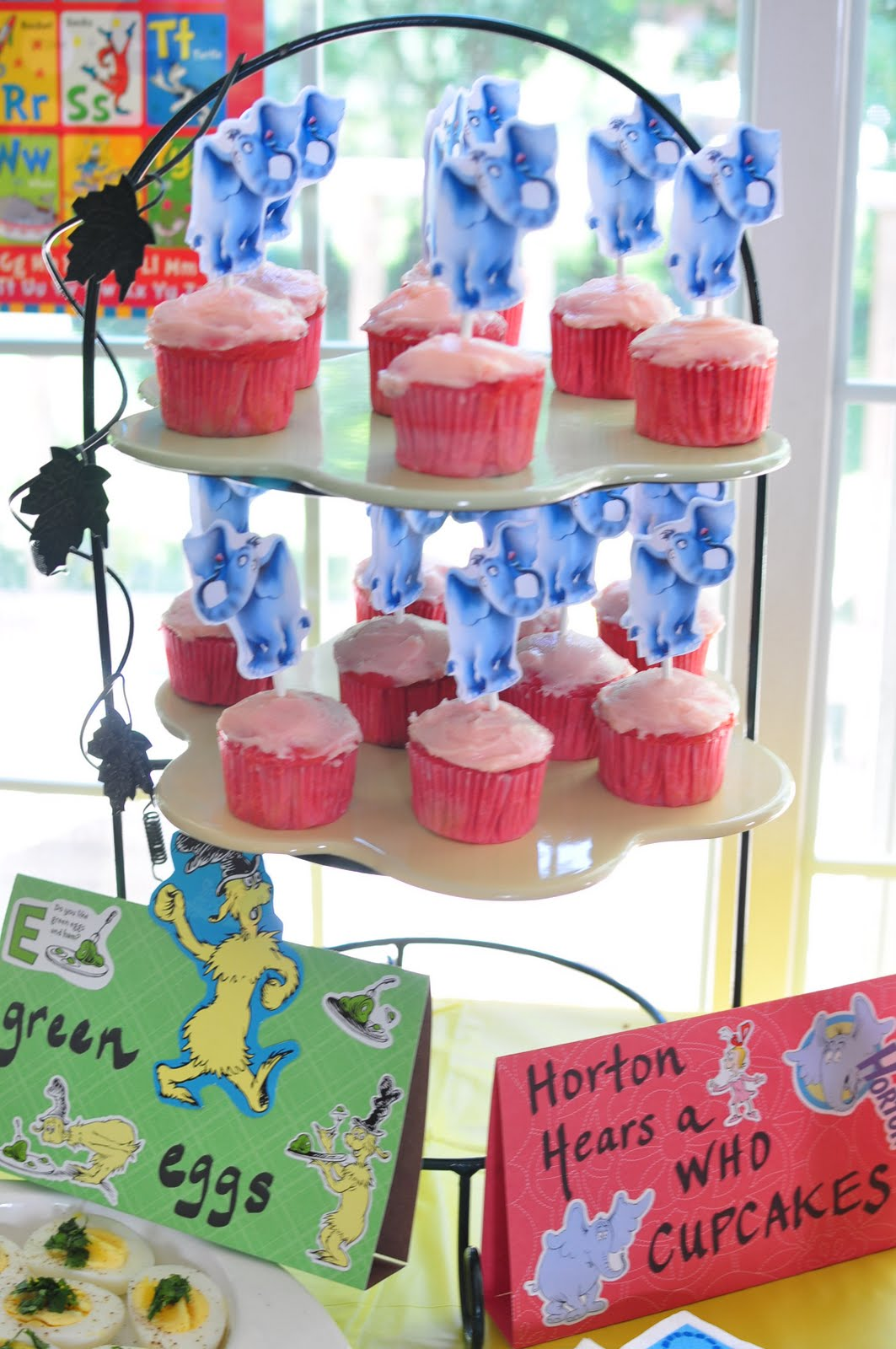 Dr Seuss Themed Baby Shower Part - 38: Dr. Seuss Themed Party