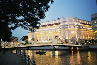 fullerton hotel singapore and cavenagh bridge