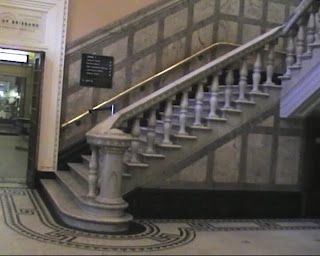 inside brisbane city hall stairs escalier