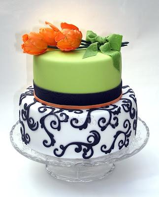 Torte mit Tulpen