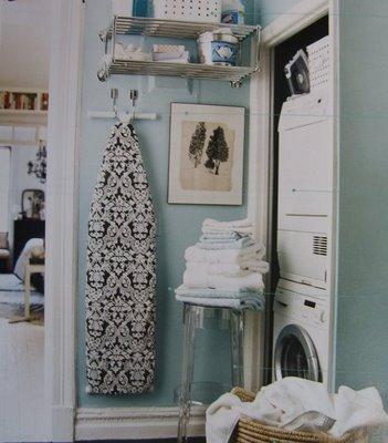 [Domino+Laundry+room+2]