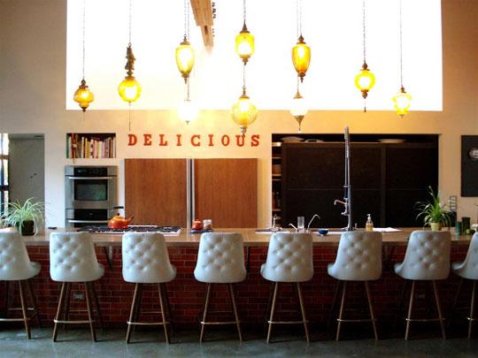 [AT+LA+house+tour+kitchen]