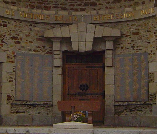 La patrimonialisation de la porte de la prison de saint l for Laporte jail