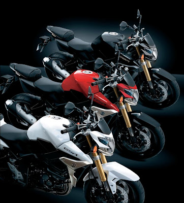 Suzuki GSR 750 colors