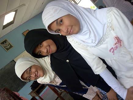 Rizka dan teman (2)
