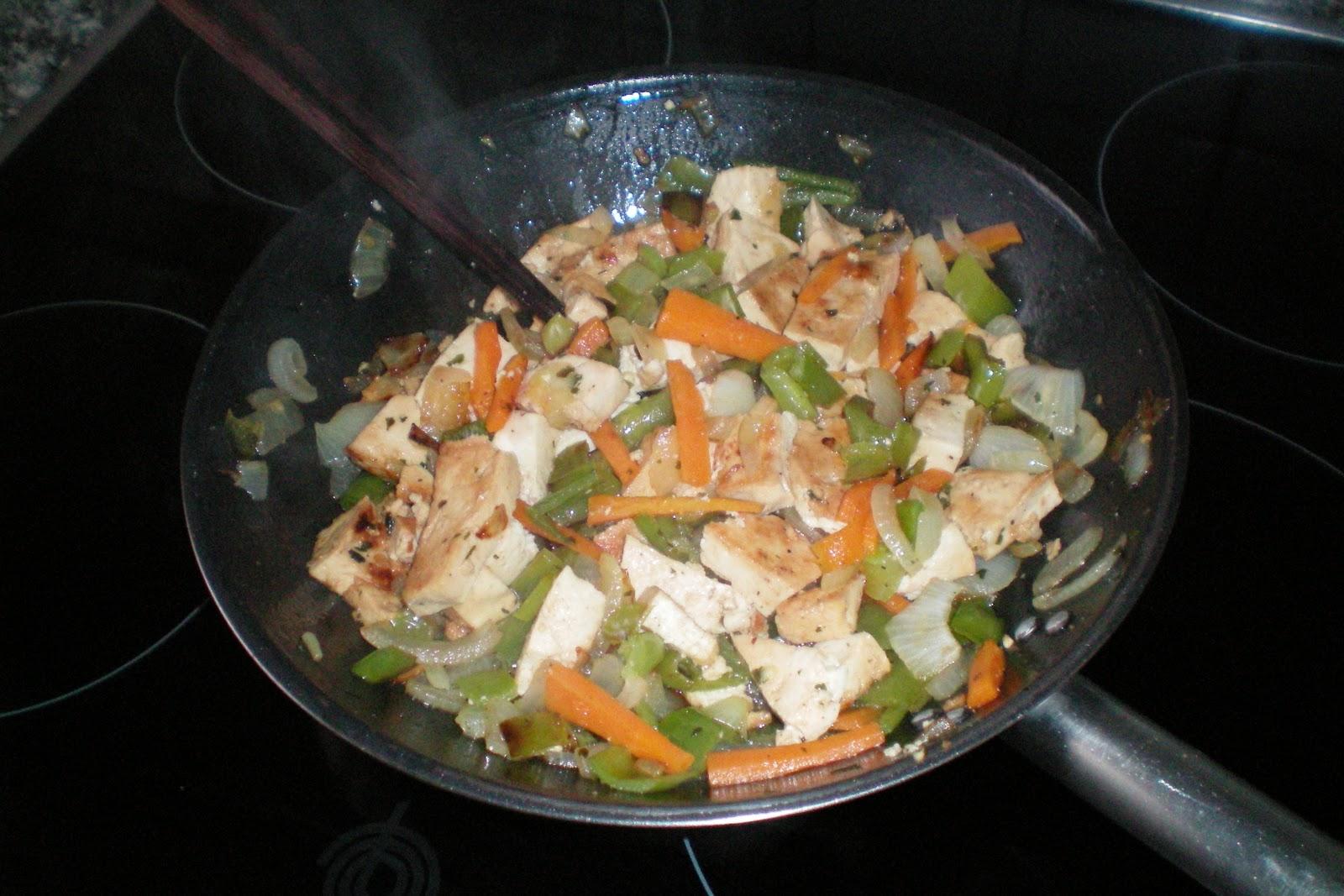 Cocina con amigos tofu con verduras - Como se cocina el tofu ...