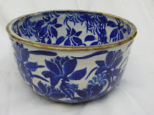 Large blue/white Bowl.