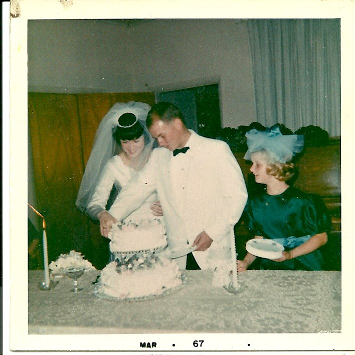 My Parents: R.E. Burnes & Linda Ann Johnson ~ My Burnes Clan