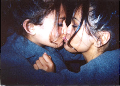 [pakistan+girls+kiss+++indian+girls+kiss+++indian+girls+++pakistam+girls+(2).jpg]