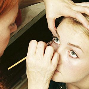 make up tipsclass=bridal makeup