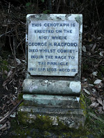 The Radford Memorial, Radfords Track, Mt Wellington - 30 Jan 2007