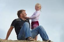 Min mann og minste datter :)