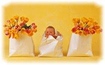 Подарки ребёнку на первый месяц