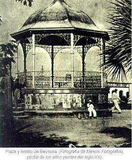 Plaza y kiosko