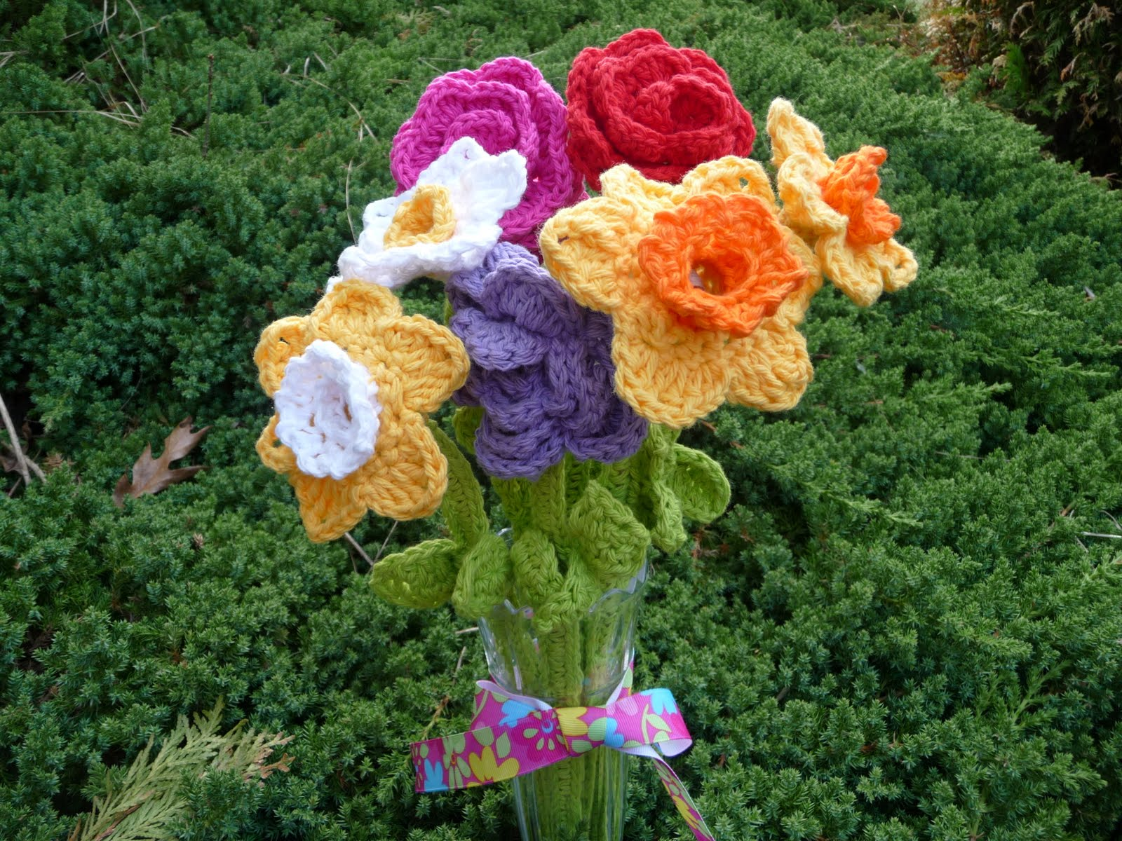 Yarns With A Twist: Bouquet of Knitting....