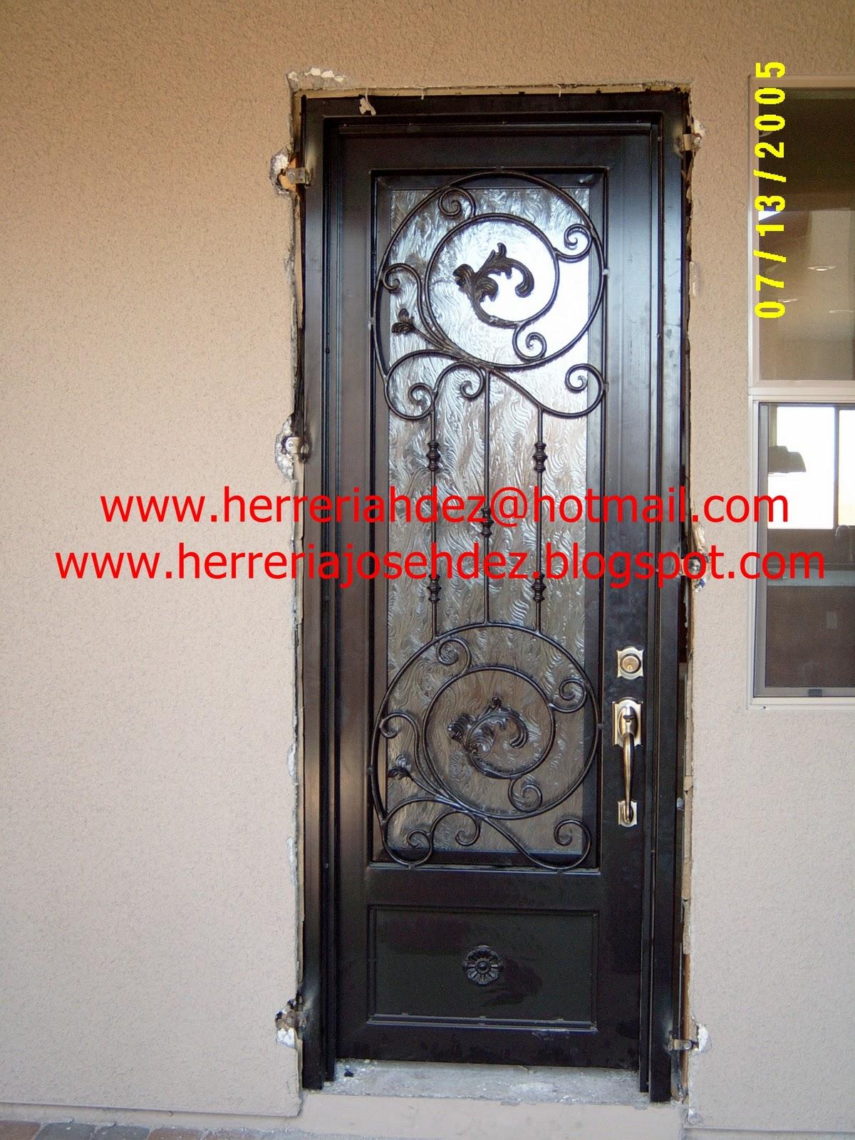 Herreria art stica hern ndez dale click en entradas for Puertas de herreria para entrada principal