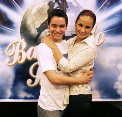 Norma Ramírez con su compañero de baile Nahun Osorio en Bailando por un sueño