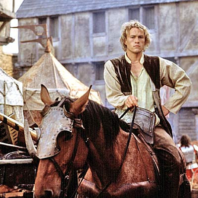 Heath Ledger montando a caballo
