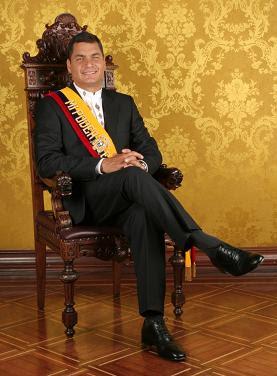 Correa reelegido como presidente de Ecuador hasta el 2013
