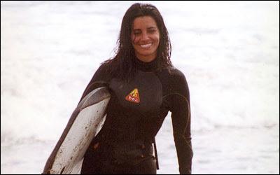 Laura Borlini como surfista