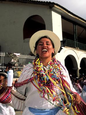 Mujer ayacuchana en el Carnaval de Ayacucho