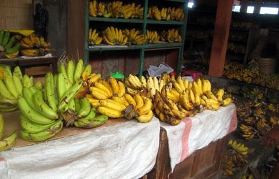 Photo of bananas at the Beringharjo market in Yogyakarta, Indonesia