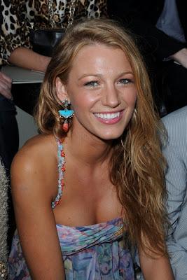 Blake Lively Dangle Decorative Earrings