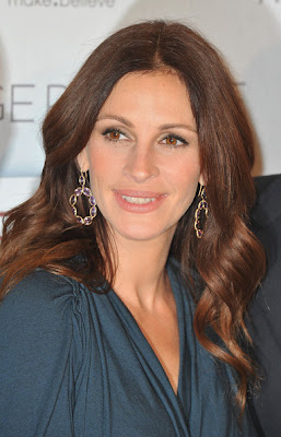 Julia Roberts Dangling Gemstone Earrings