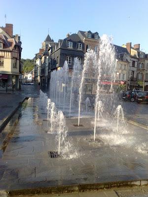 Fontaines d 39 aujourd 39 hui et d 39 autrefois 27 pont audemer france for Buro 27 pont audemer