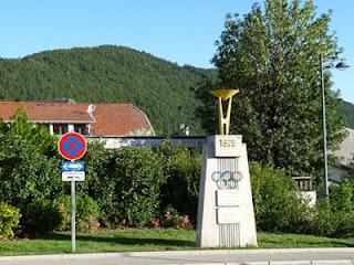 ヴィラール=ド=ランの冬季オリンピックの記念碑