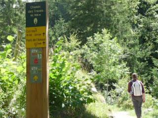 ヴェルコール地方自然公園の道しるべ