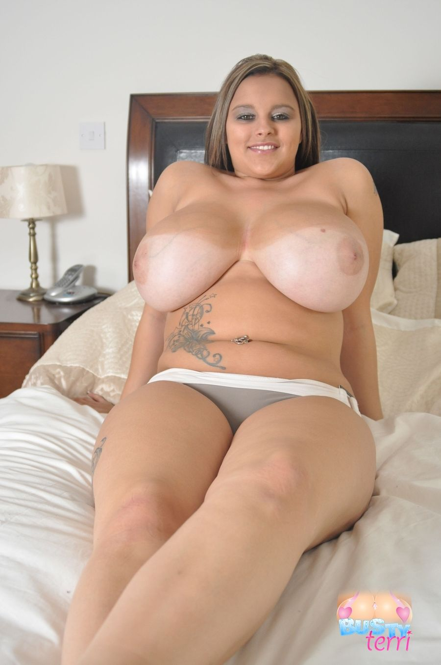 Terry jane oiled tits - 2 8