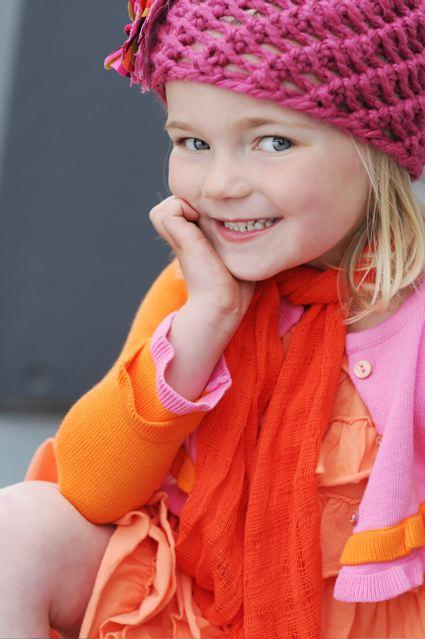 [jay+urban+close+up+pink+hat.aspx]