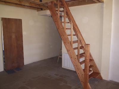 Escaleras y barandas escaleras con forma for Formas de escaleras