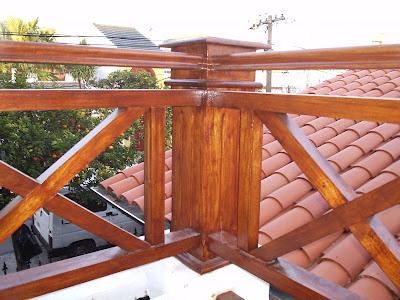 Escaleras y barandas abril 2009 for Barandillas de madera para jardin