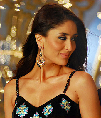 bollywood female hot actress celebrity and hot wallpaper nude free