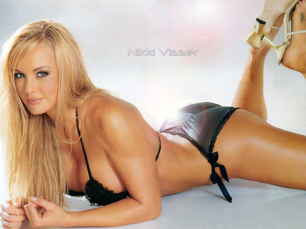 http://3.bp.blogspot.com/_gx7OZdt7Uhs/TPIFpmT6pZI/AAAAAAAAFRI/6jh3evFucq0/s1600/Nikki+Visser++Sexy+Wallpaper.jpg
