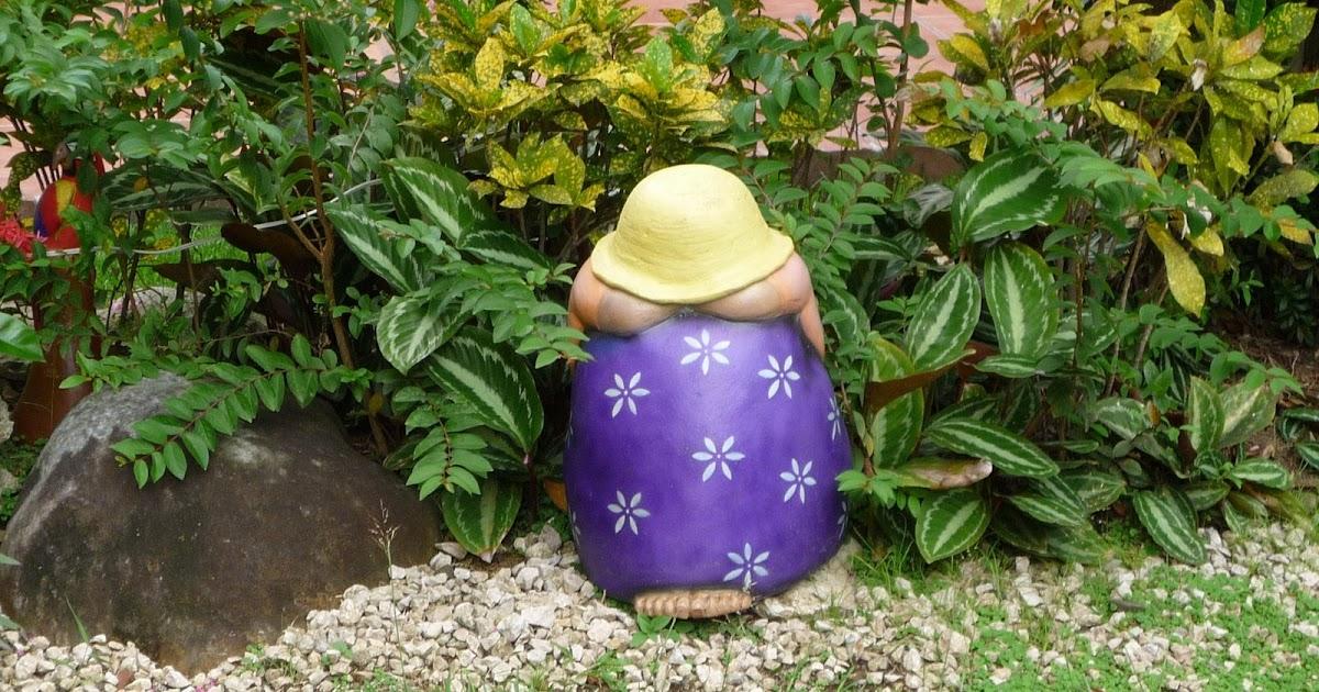 El misterio de los enanos de jardin continua for Enanos jardin