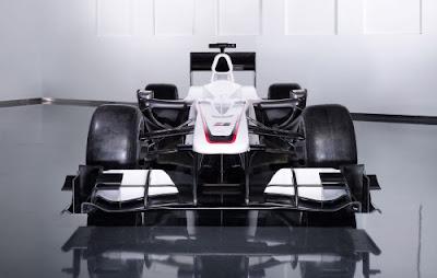 Mobil F1 BMW Sauber C29