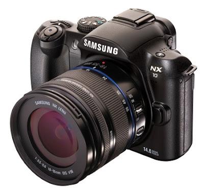 Kamera Digital Samsung NX10 Layar AMOLED
