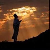 Hukum Doa Qunut Subuh