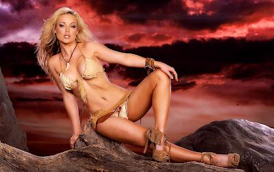 Kayden Kross Super Sexy Bikini Pictures