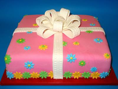 This is my most popular design when decorating a cake for a girls 21st