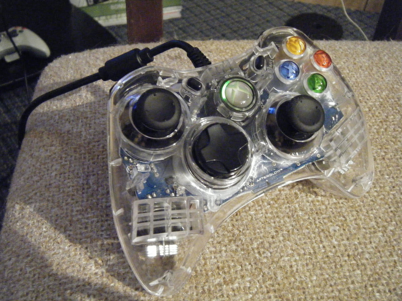 My Boring Life: Review of the Afterglow Xbox360 wired Controller
