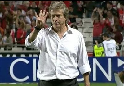 Liverpool 4-1 SLBenfica Jesus4
