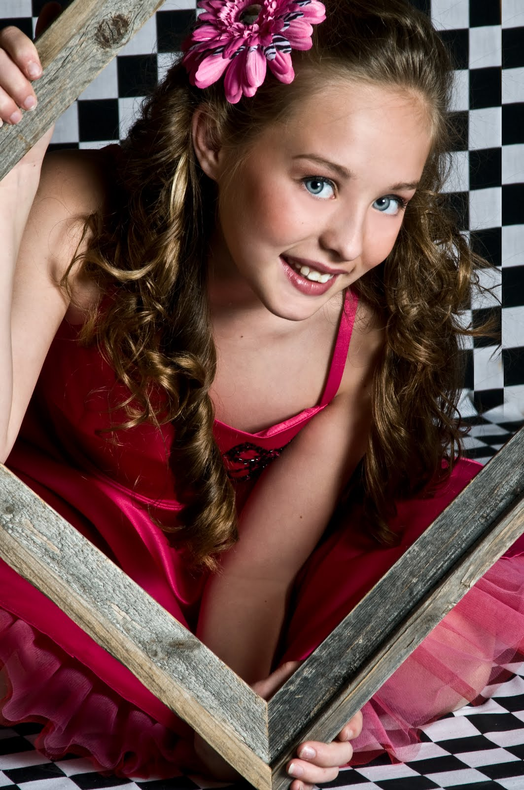Here is amazing and beautiful Child Model MiKayla Childs