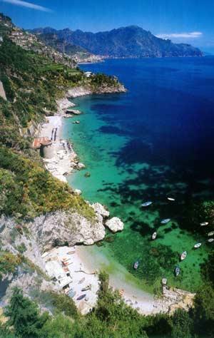 Fattori car service tour della costiera amalfitana for Separa il golfo di napoli da quello di salerno
