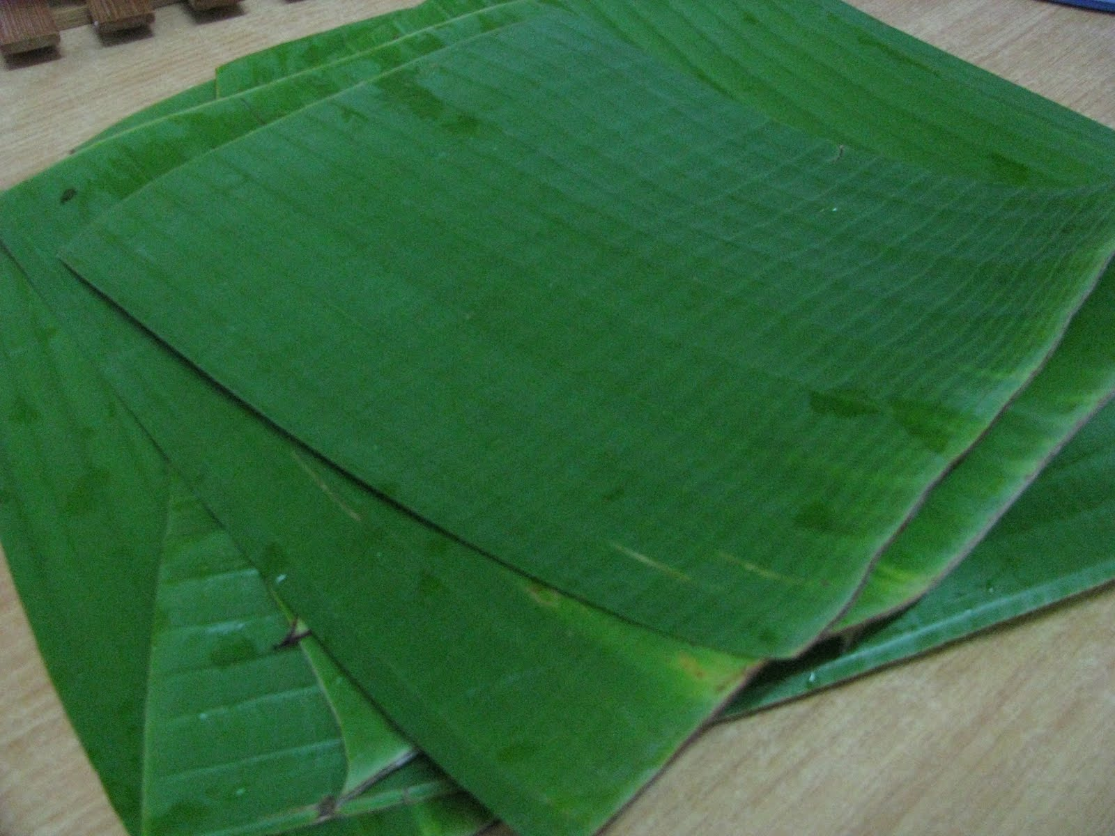 wrap grill fish grilled whole fish on banana leaf steamy kitchen ...