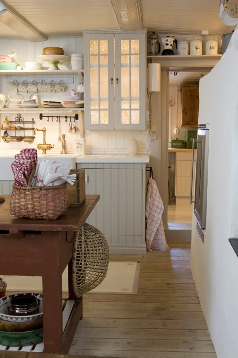 Dettagli country shabby chic interiors for Idee per arredare casa stile country